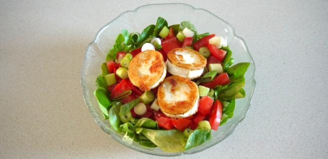 Titelbild_Salat_Ziegenkaese.