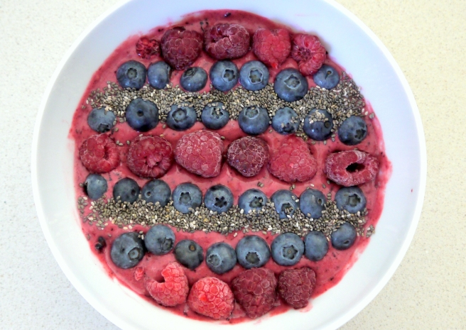smoothie_bowl-fruechte.jpg